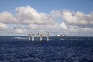 沖ノ鳥島 画像 写真 観測所 工事 埋め立て 護岸